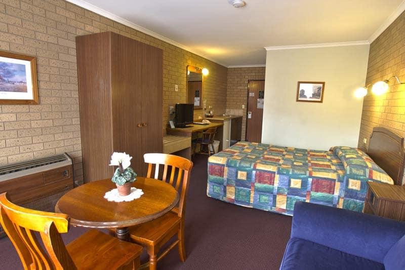 Queen Room - Goldterra Motor Inn Temota
